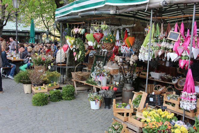 Biergarten Viktualienmarkt, Munich, Germany
