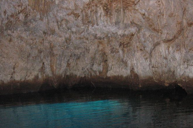 Cave of Smeraldo, Positano, Italy
